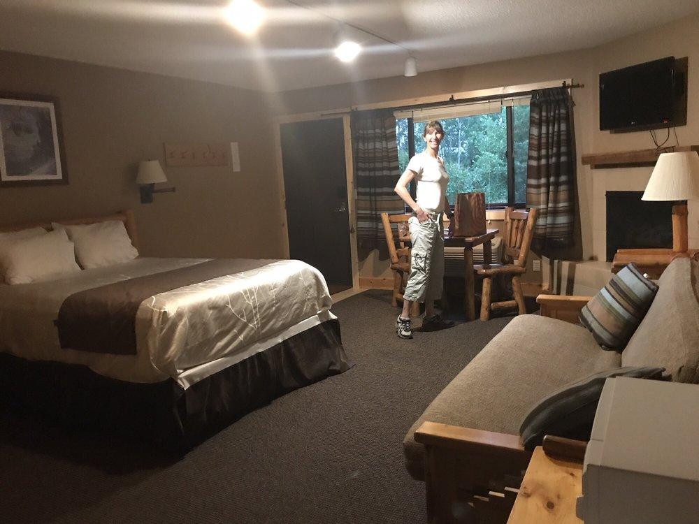 Eagle Ridge Resort At Lutsen Mountains: 445 Ski Hill Rd, Lutsen, MN
