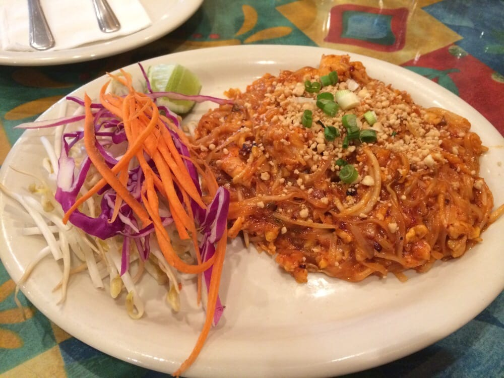 Pad thai 5 stars yelp for 7 star thai cuisine