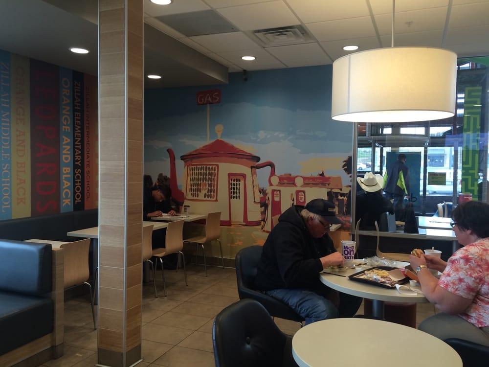 McDonald's: 820 Zillah West Rd, Zillah, WA