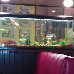 Arunee house closed 35 photos chinese toluca lake for Angel thai cuisine riverside ca