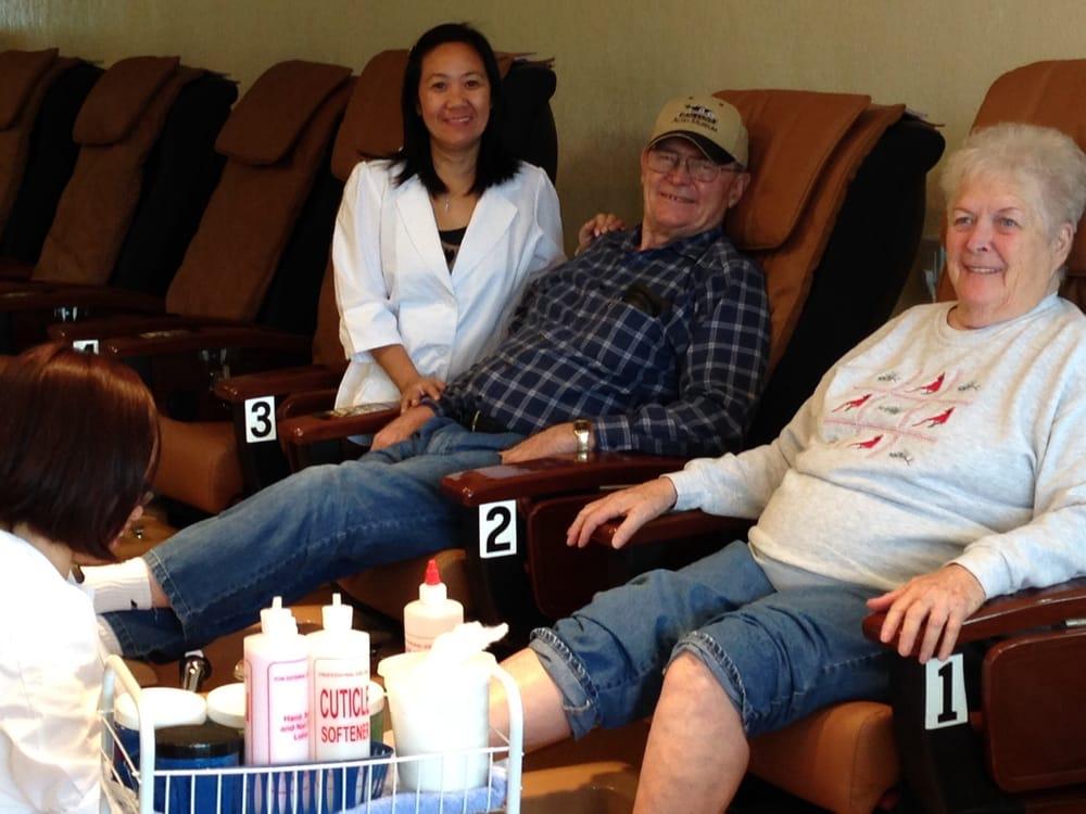 Top nails and spa 31 photos 40 reviews nail salons for 4 sisters nail salon hours
