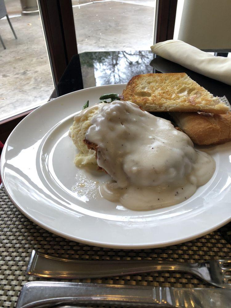 The Rialto Restaurant: 720 Garrison Ave, Fort Smith, AR