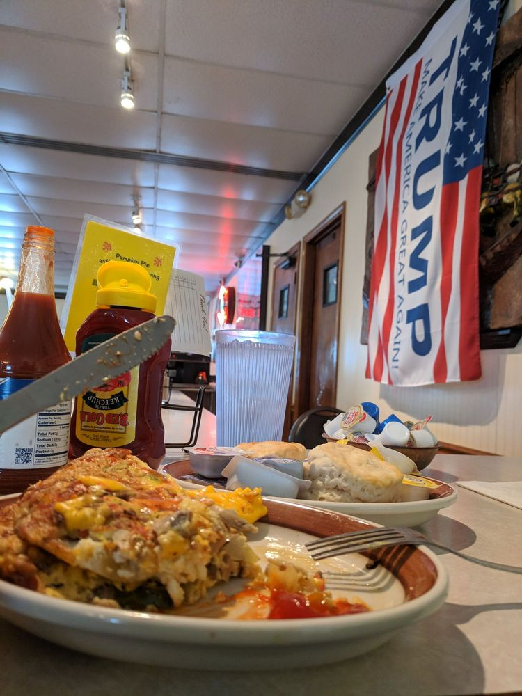 Merry-Go-Round Restaurant: 2101 N Fares Ave, Evansville, IN
