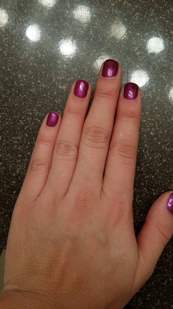 No chip manicure in a fall OPI color. - Yelp