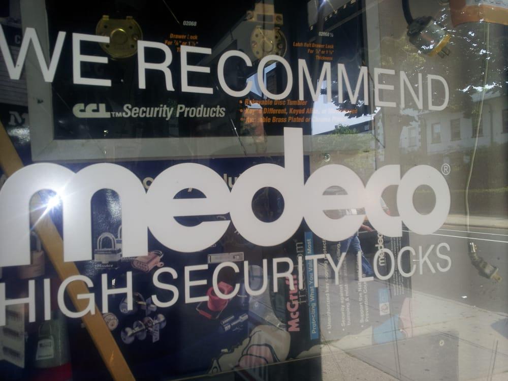 Astoria Lock & Safe: 3111 30th Ave, Astoria, NY