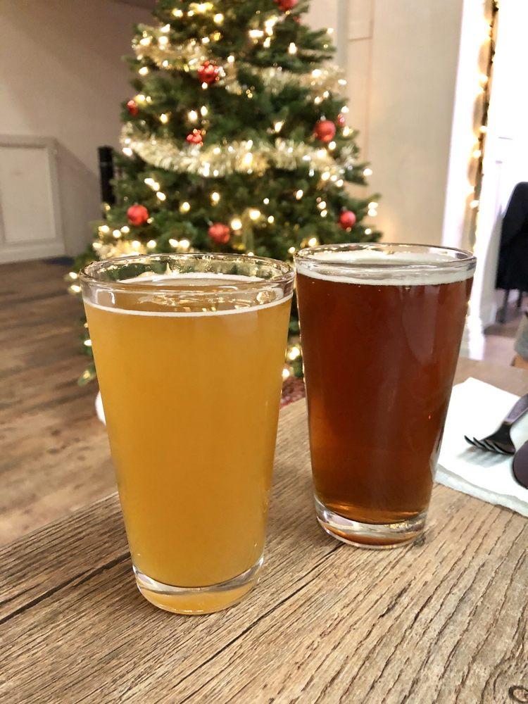 Red White and Brew Beer Company: 100 W Merchant St, Audubon, NJ