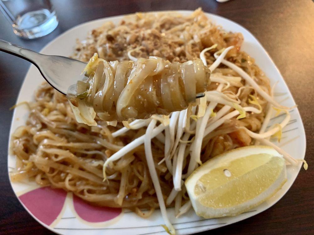Kennebunk Rice & Noodles: 8 York St, Kennebunk, ME
