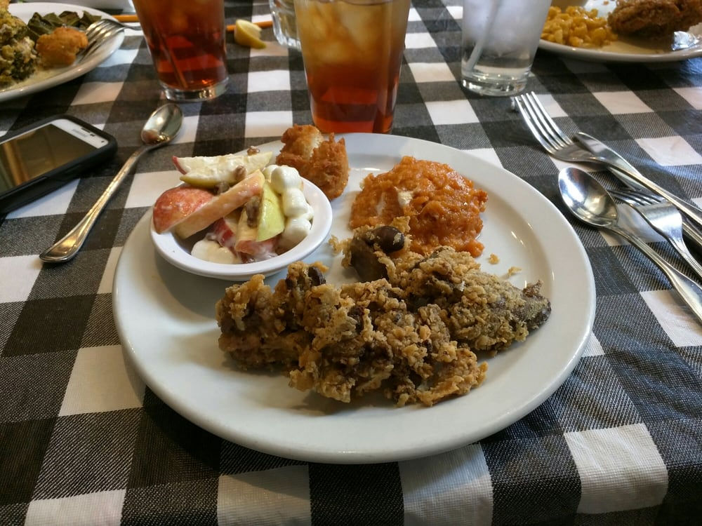 The Lunchroom at B McNeel's: 215 N Church St, Murfreesboro, TN