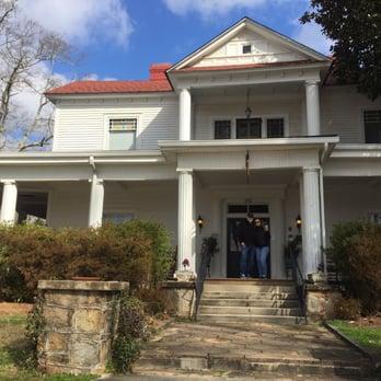 The Veranda Historic Bed Breakfast Inn