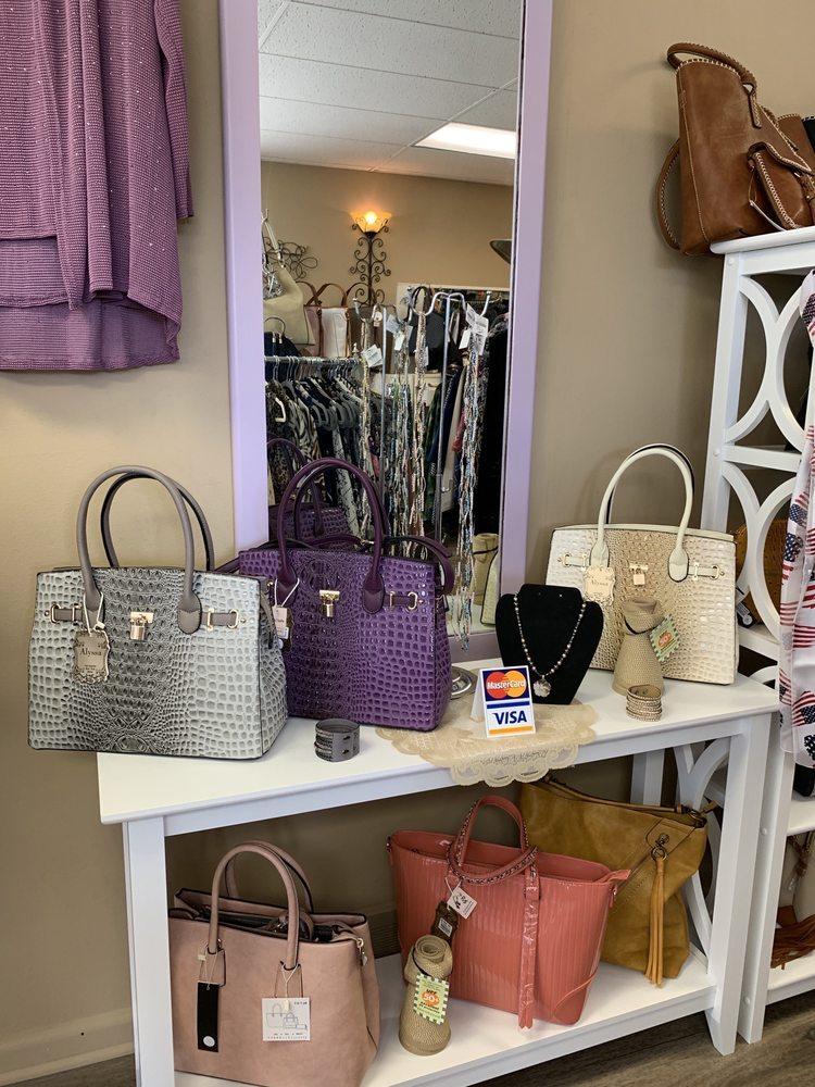 Champaign Alley Boutique: 8043 Allen Rd, Allen Park, MI