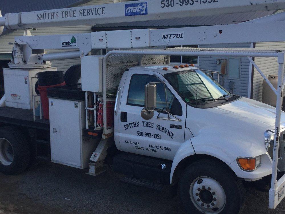Smith's Tree Service: Chilcoot, CA
