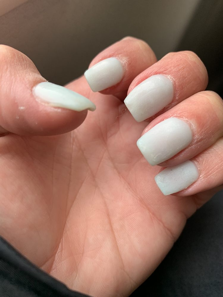 TD Nails & Spa: 2534 17th Ave S, Grand Forks, ND