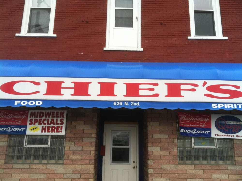 Chief's Bar & Grill: 626 N Second Ave, Alpena, MI