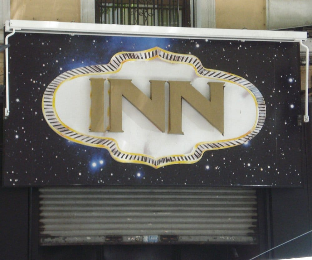 Inn nightclubs calle de hilari n eslava 38 chamber for Calle hilarion eslava