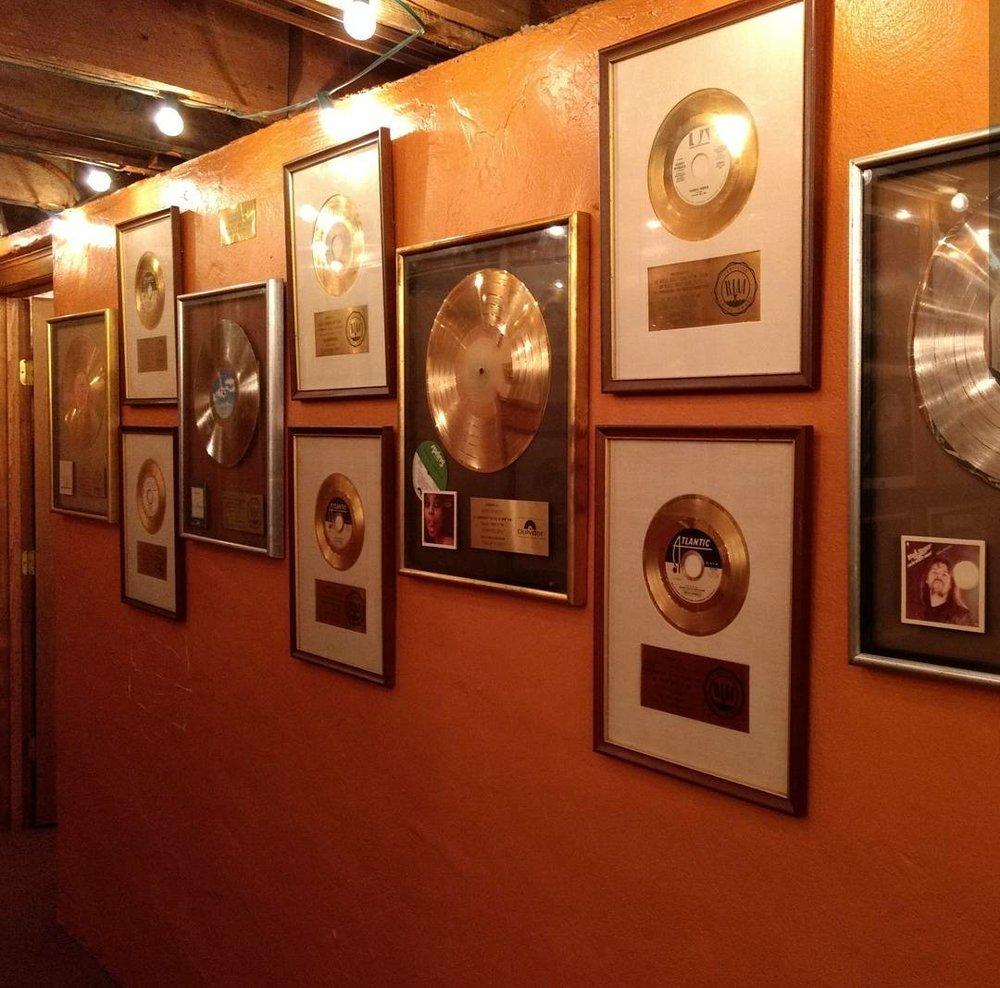 Muscle Shoals Sound Studio: 3614 N Jackson Hwy, Sheffield, AL