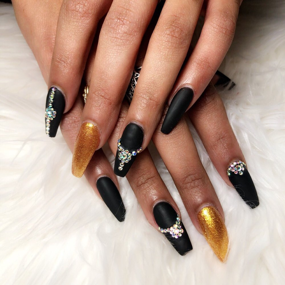 Angel Nail & Spa: 45111 First Colony Blvd, California, MD