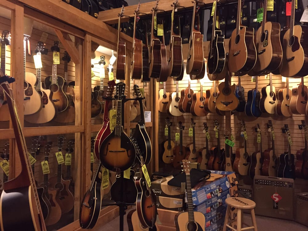 Motor city guitar 10 fotos y 22 rese as instrumentos for Motor city guitar waterford