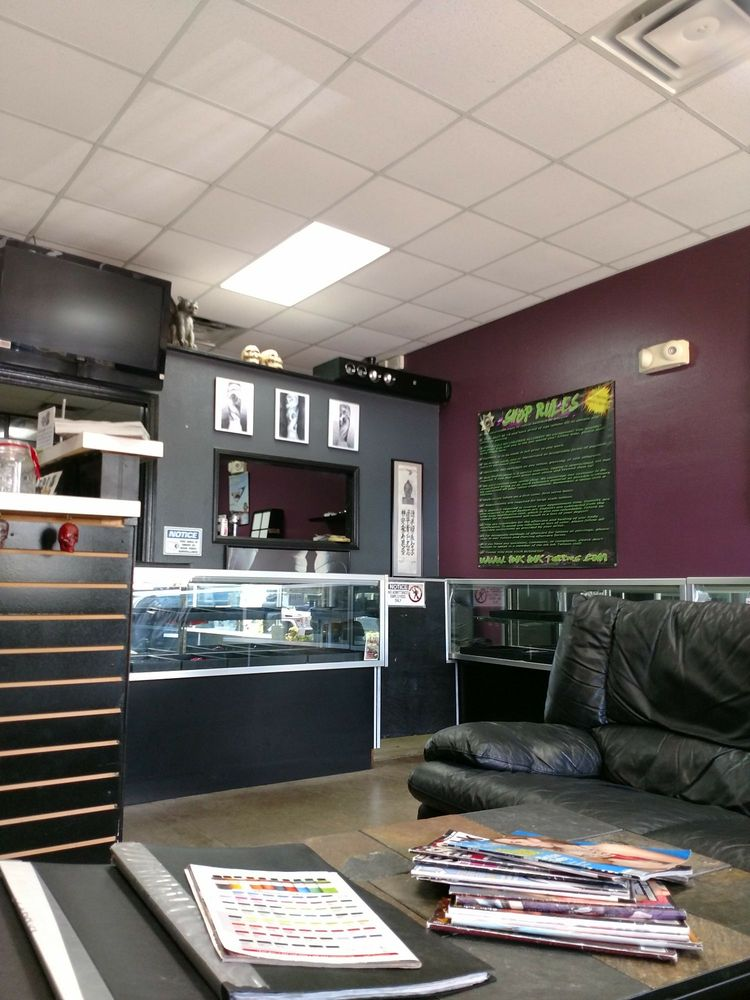 Ink Ink Tattoo Studio: 556 S Highway 27, Minneola, FL