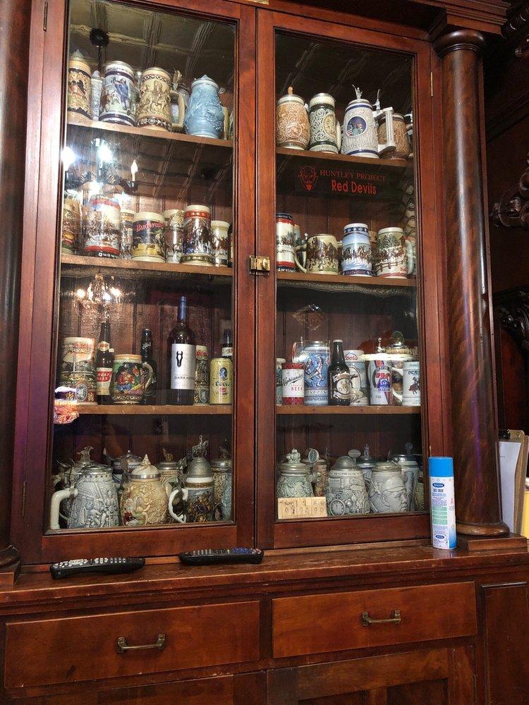 Dark Horse Saloon & Eatery: 2426 Main St, Worden, MT