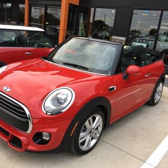 Mini Of Austin 20 Photos 115 Reviews Car Dealers 7113 Mcneil