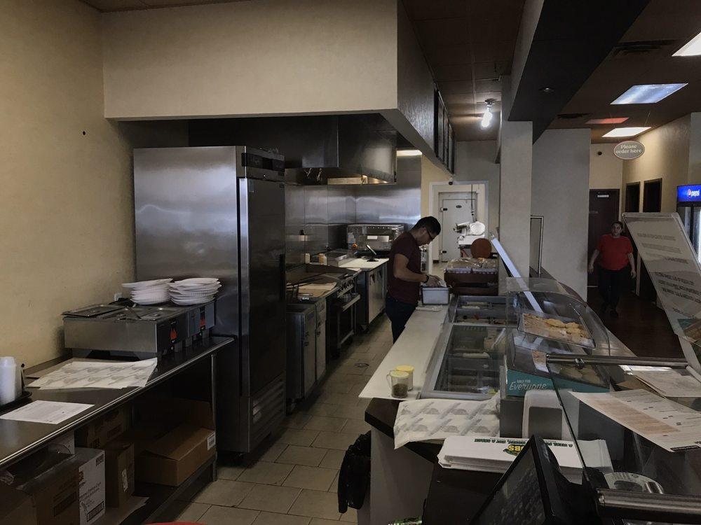 Giuseppe's Pizzeria: 75 Owasco St, Auburn, NY