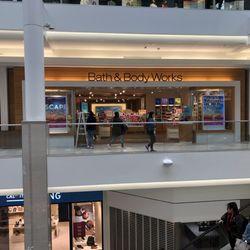 0fe96c8988 CambridgeSide - 118 Photos   215 Reviews - Shopping Centres - 100  Cambridgeside Pl