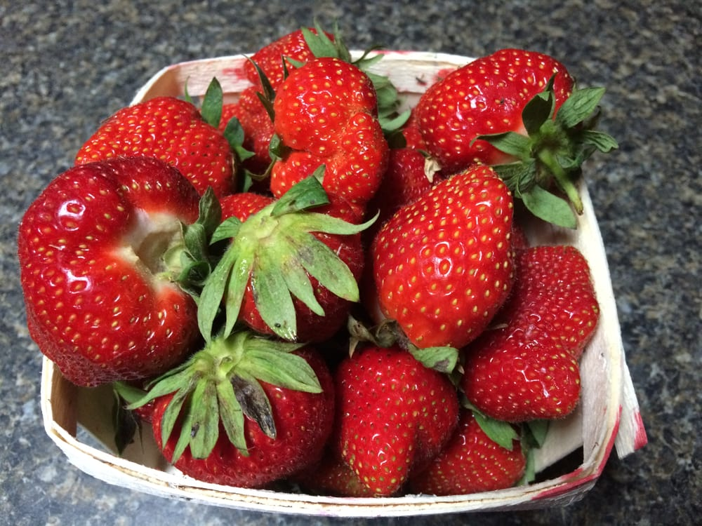 De Lange's Redberry Farm: 5723 Port Sheldon, Hudsonville, MI