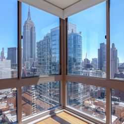 Photo Of 777 6th Avenue Apartments New York Ny United States View