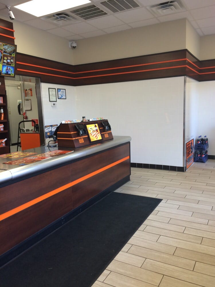 Little Caesars: 251 W Lee Hwy, Warrenton, VA