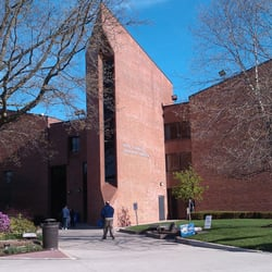 Adelphi University 14 Photos 18 Reviews Colleges Universities 1 South Ave Garden City