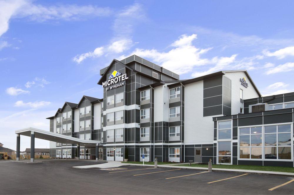 Microtel Inn & Suites by Wyndham Estevan: 120 King Street, Estevan, SK