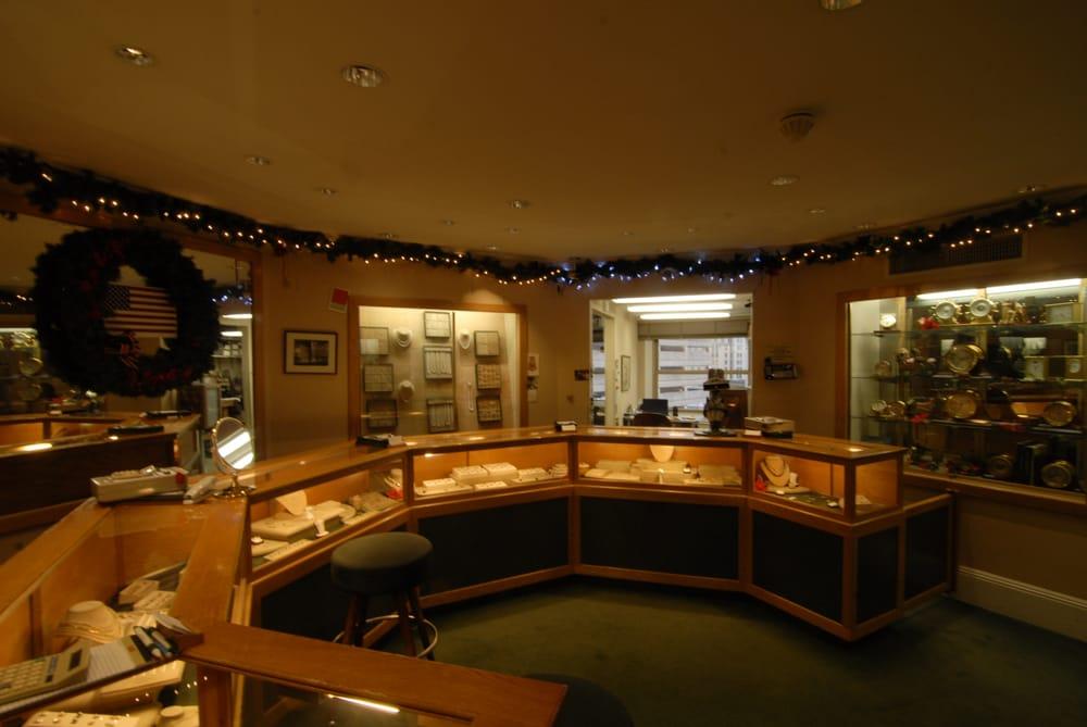 Leon Ohanian & Sons Jewelers
