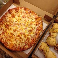 Photo Of Straw Hat Pizza Pleasanton Ca United States Medium Cheese With