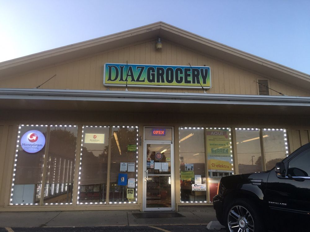 Diaz Grocery: 1314 Meriden St, Mendota, IL