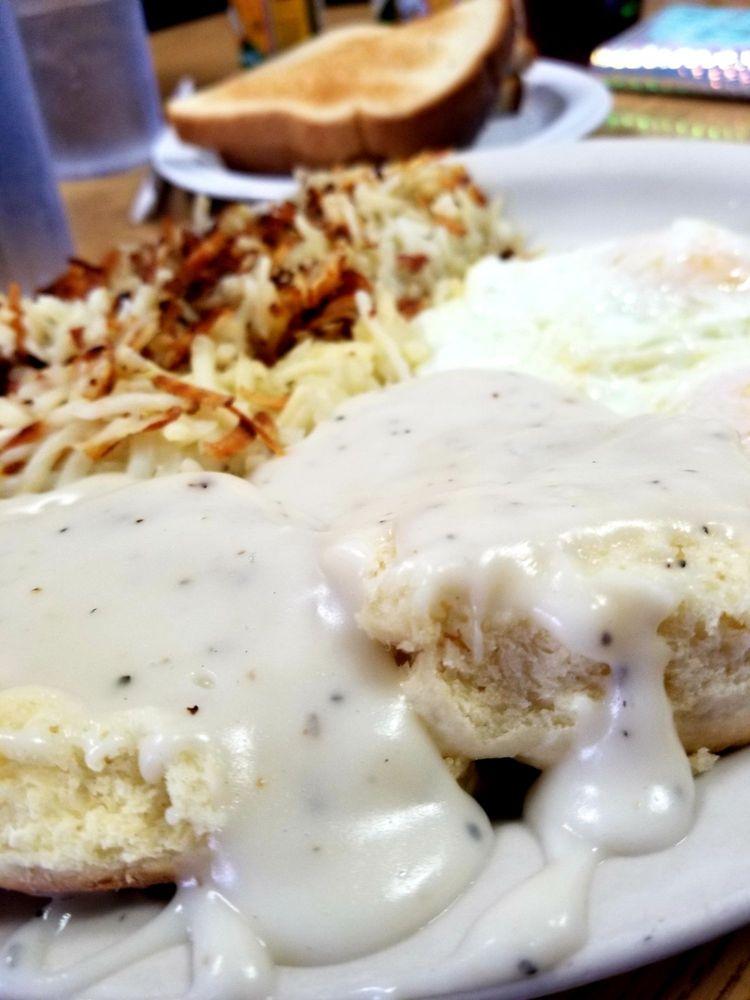 California Classic Cafe: 14196 Amargosa Rd, Victorville, CA