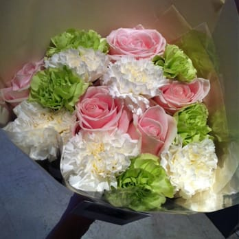 Romarie fleurs ferm fleuriste 100 cours gambetta for Alexandre jardin mes trois zebres
