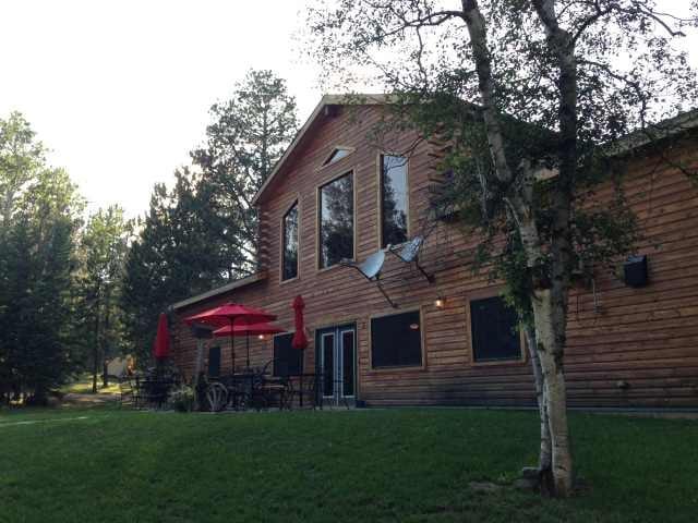 Mystic Hills Hideaway: 21766 Custer Peak Rd, Deadwood, SD