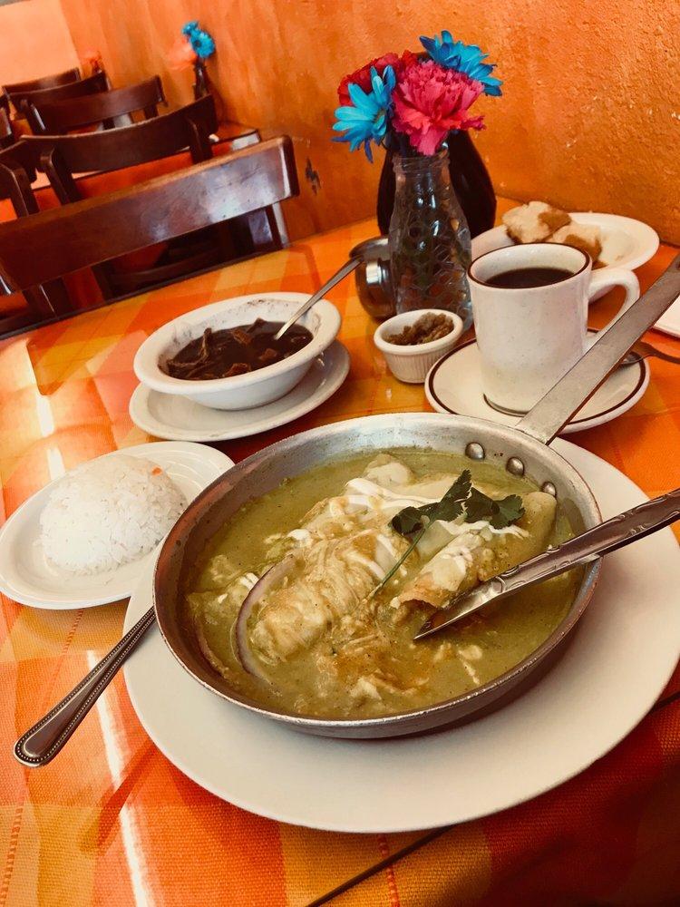 La Casita Mexicana: 4030 E Gage Ave, Bell, CA