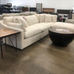 Pleasing Dallas Furniture Online 3935 Main St East Dallas Dallas Download Free Architecture Designs Pendunizatbritishbridgeorg