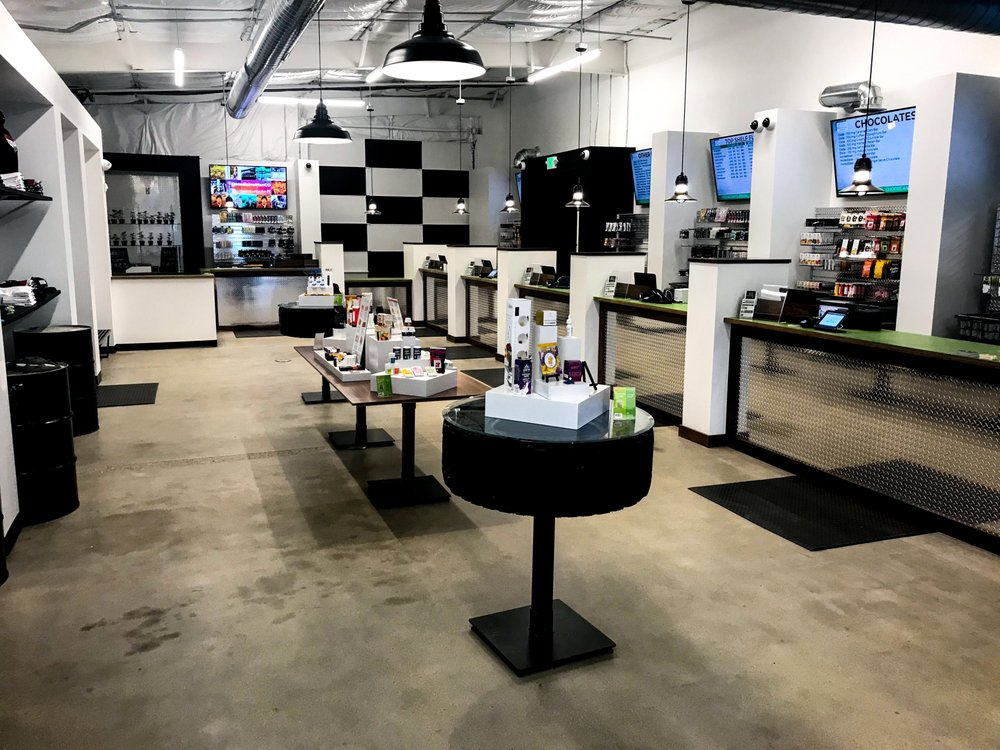 Medicine Man Dispensary - Longmont: 500 E Rogers Rd, Longmont, CO