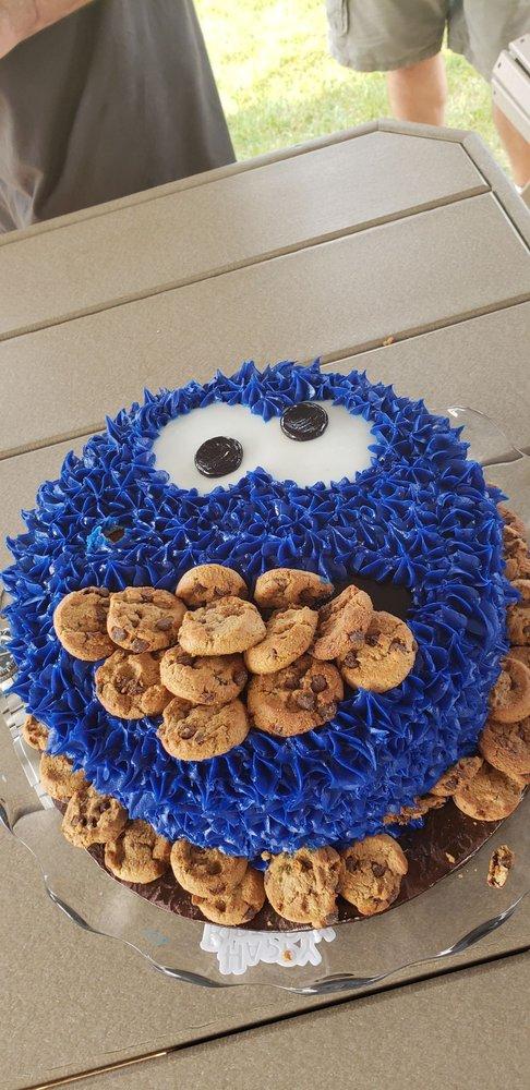 Sharon's Custom Designed Cakes: 1334 Benton St, Crete, IL