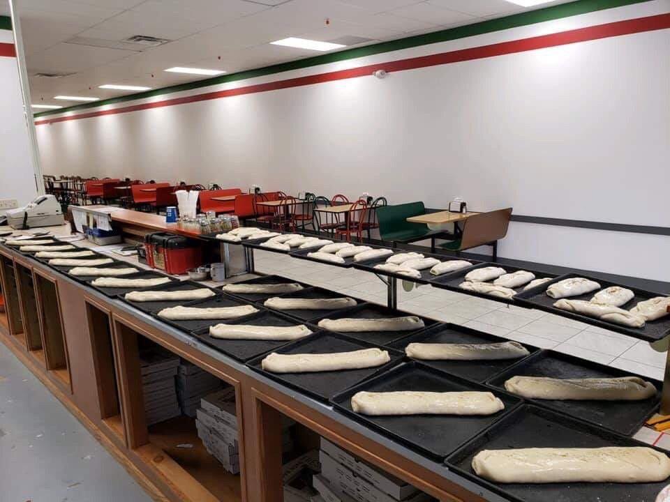 Napoli Pizza: 4000 Market St, Warren, PA