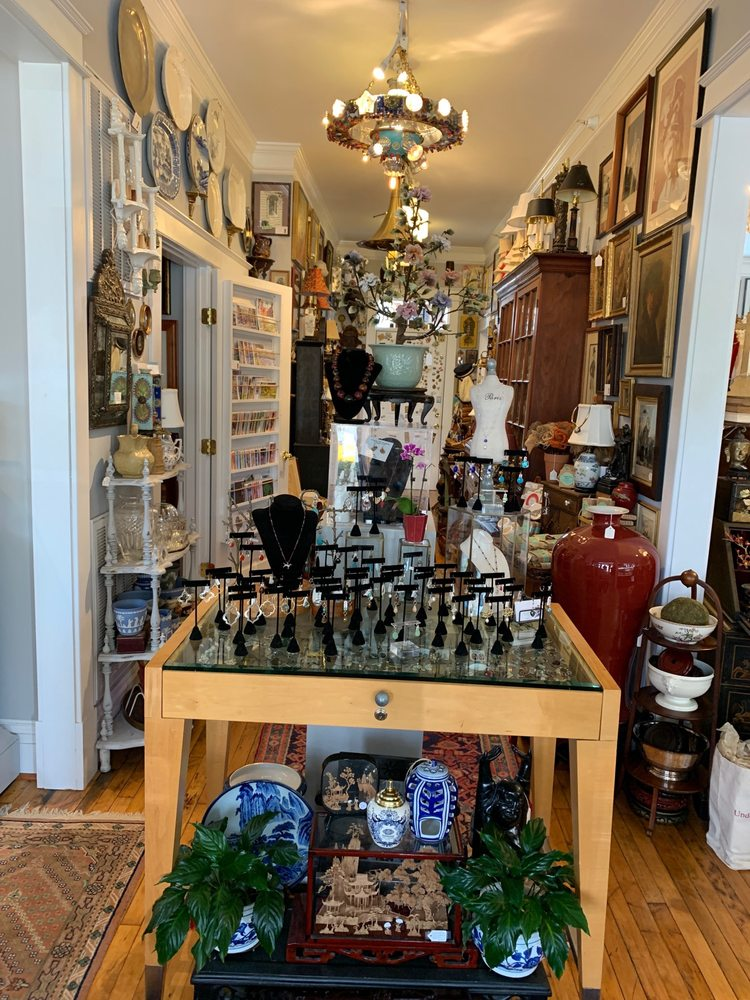 Nest Antiques Art & Gifts