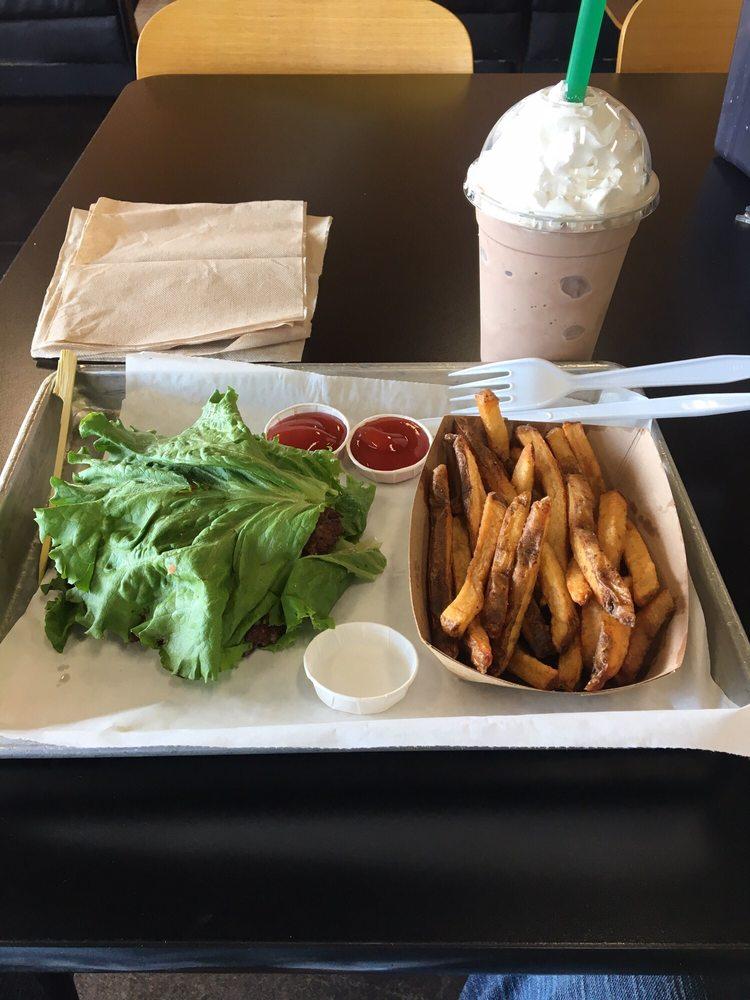 Flash Burger: 119 Business Park Dr, Kenedy, TX