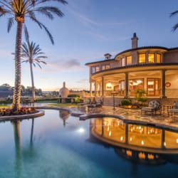Rodeo realty 16 photos services immobiliers 100 n for A la maison westlake village ca