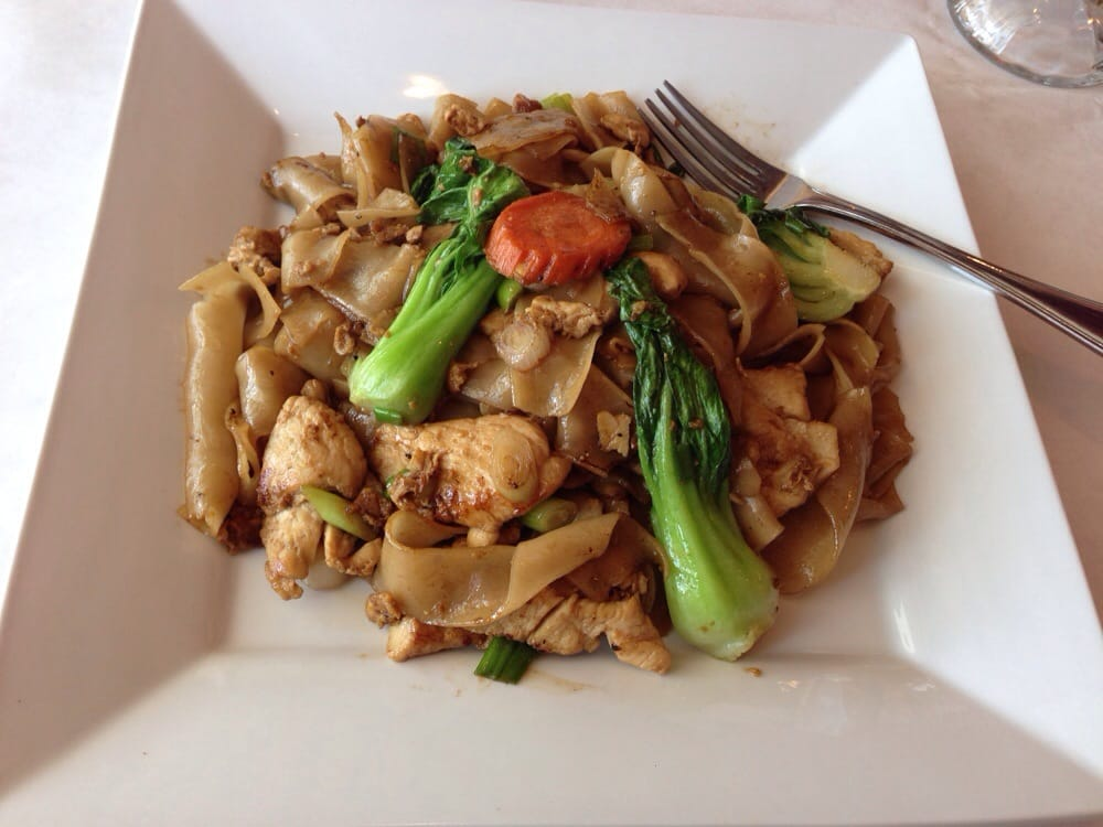 Noodle with chicken yelp for Asian fusion cuisine