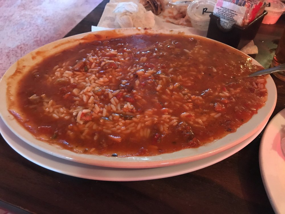 Wally's Park Road Bar & Grill: Hwy 143, Patterson, MO