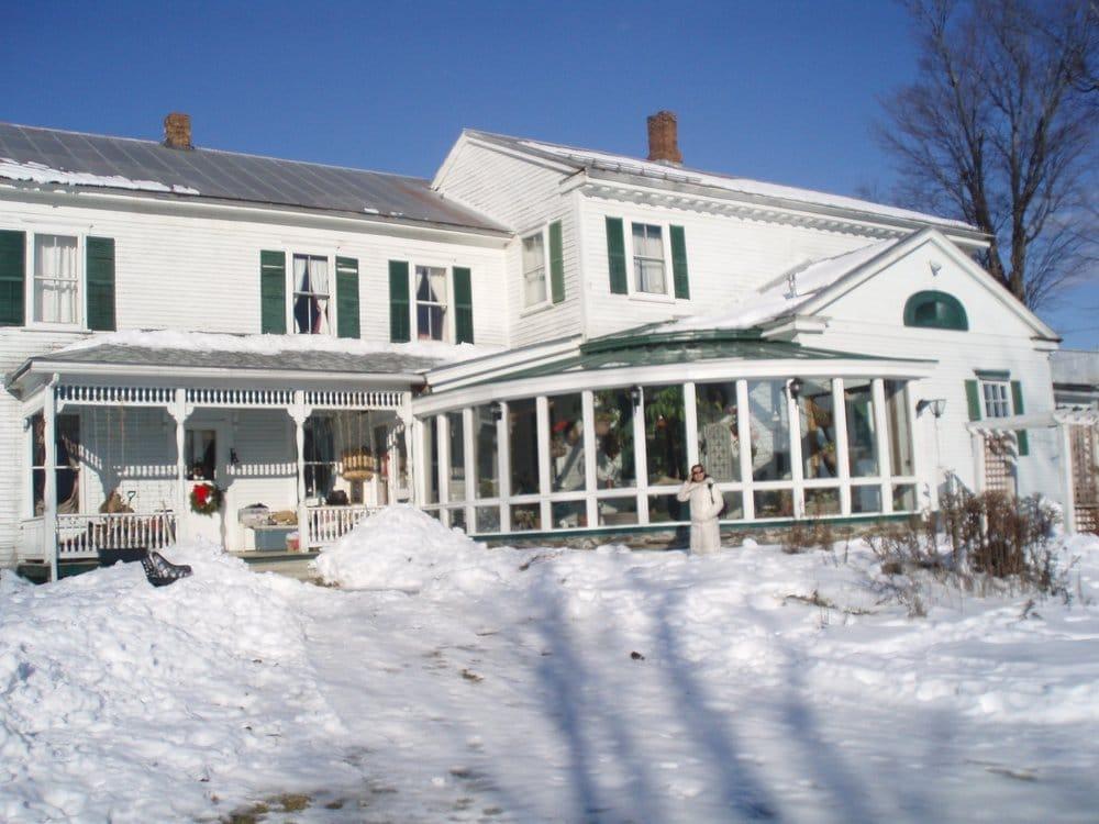 McIndoe Falls Inn: 4586 US 5, Barnet, VT