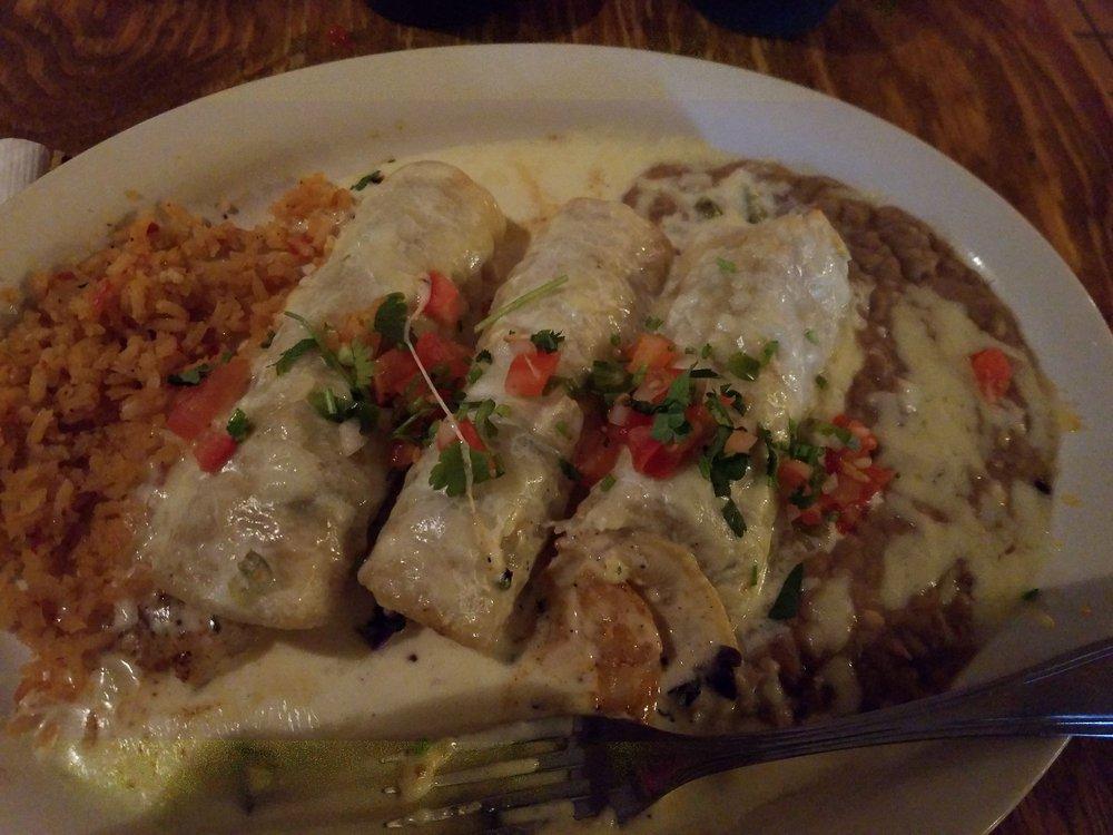 El Mexicano Restaurante: 121 W Thomas St, Perkins, OK