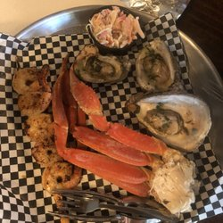 Indian P Raw Bar Grill Uptown 19 Photos 27 Reviews Seafood 411 Reid Ave Port Saint Joe Fl Restaurant Last Updated December 23
